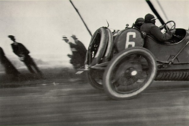 Jacques-Henri Lartigue, Grand Prix de l'AAF, 1912 © Estate of Jacques Henri Lartigue